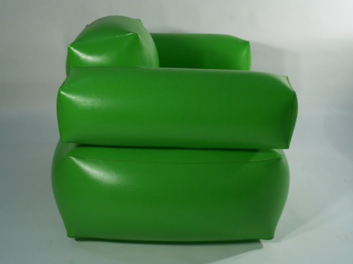RetroFactory : Inflatable armchair