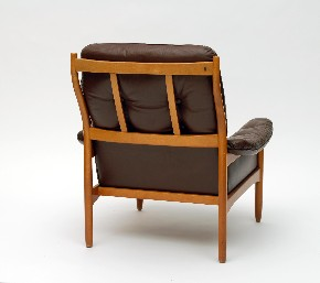 Leather armchair Mobler